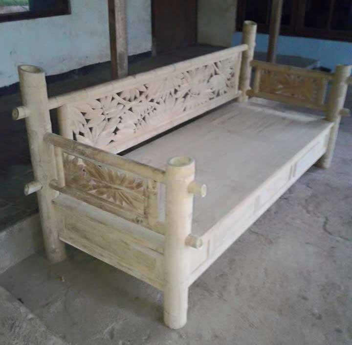 Bangku Panjang Model Bambu