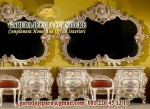 Meja Rias bangsawan