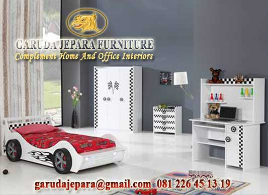 Set Tempat Tidur Anak Laki-Laki desain Mobil