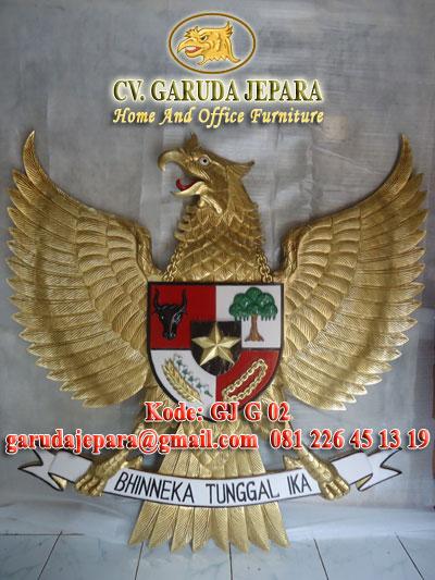 Ukiran Garuda Pancasila Model 2.5 Dimensi Finishing Emas dan Warna