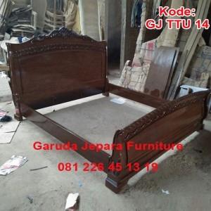 Dipan Jati Ukir Model Bagong