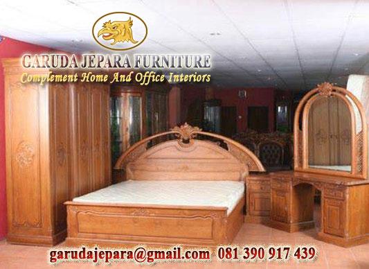 Set Tempat Tidur Jati